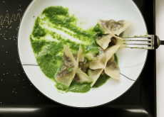 "Przepis na ""Just go for it"" portobello-spinach Wontons"
