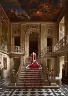 Przepis na The Largest Fashion Exhibition-House Style: Five Centuries Of Fashion At Chatsworth